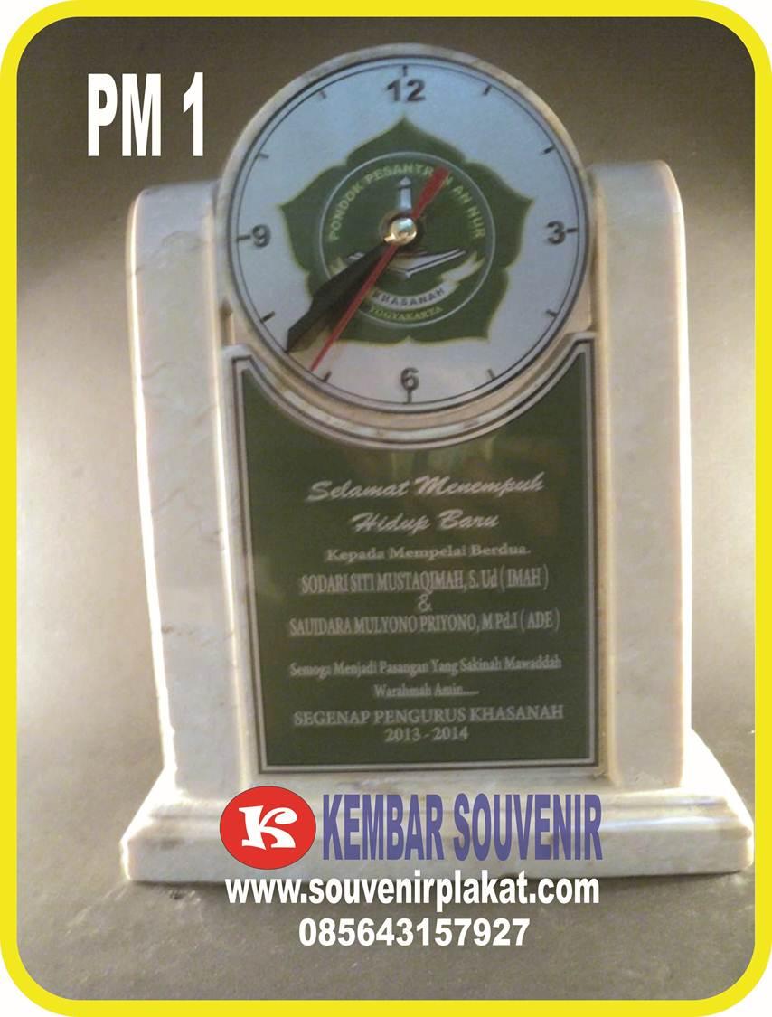 Contoh Plakat Kayu | Plakat Marmer Batu
