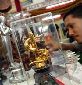 Miniatur Patung Surabaya