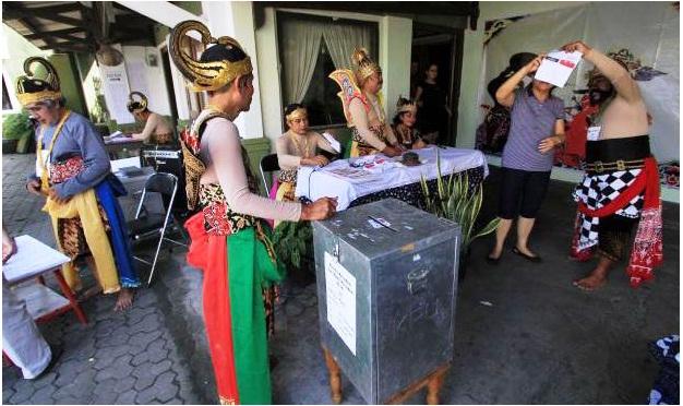 souvenir pemilu, pemilihan kepala daerah, pemungutan suara, souvenir unik, souvenir menarik