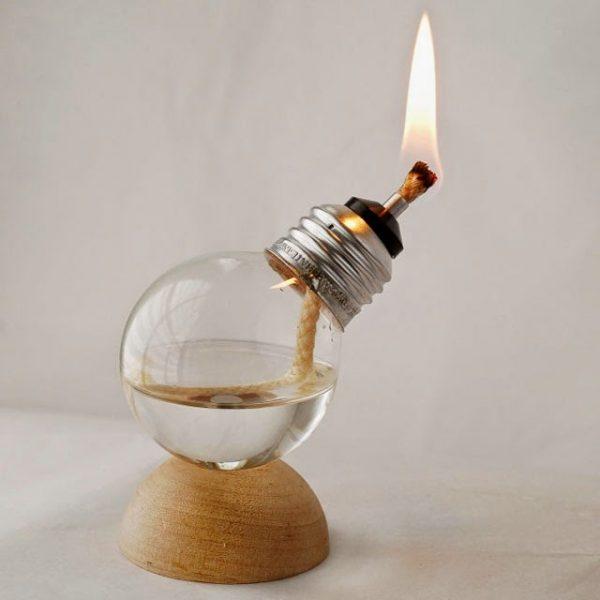 Lampu Minyak dari Bohlam