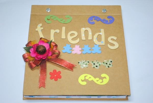 Scrapbook Persahabatan