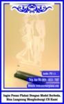 Harga Plakat Kayu Kaca Akrilik untuk Wisuda