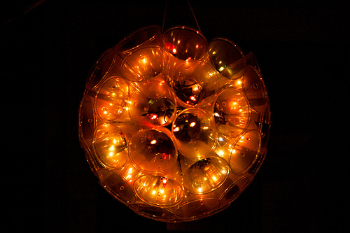 Lampu Hias dari Gelas Plastik