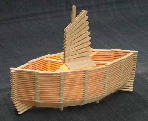 Miniatur kapal