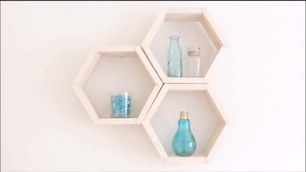 Pajangan Dinding Sarang Lebah
