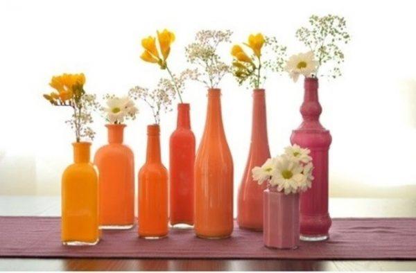 Vas Bunga dari Botol Plastik Bekas