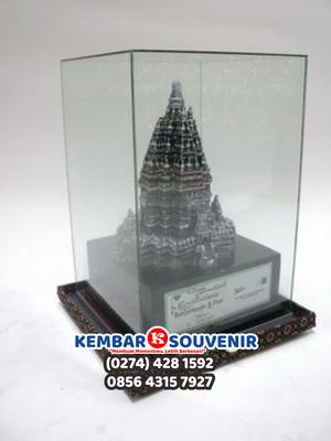 Jual Miniatur Candi Prambanan