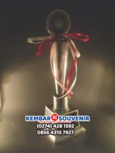 Plakat Timah, Pusat Trophy Jakarta, Bikin Plakat Akrilik