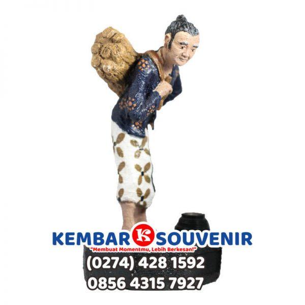 Pengrajin Patung Fiber Jakarta, Miniatur Patung Orang