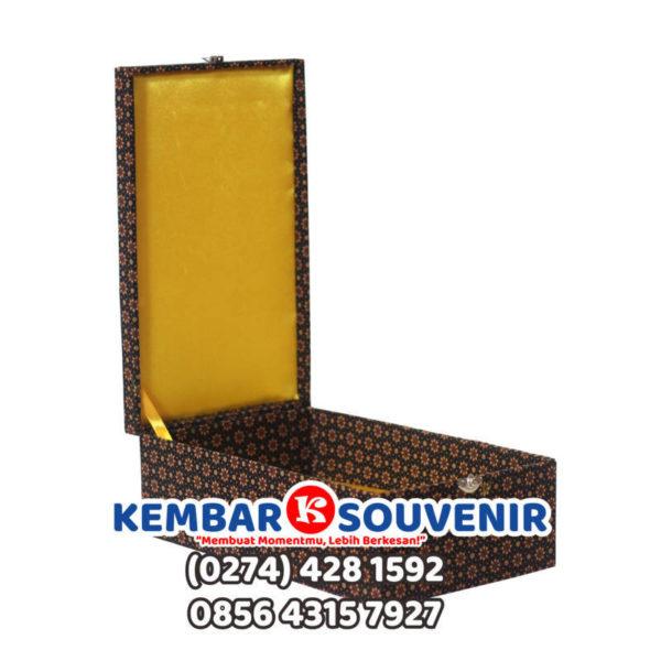 box plakat surabaya, kotak vandel
