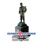 Miniatur Patung Tentara TNI Taruna Akpol